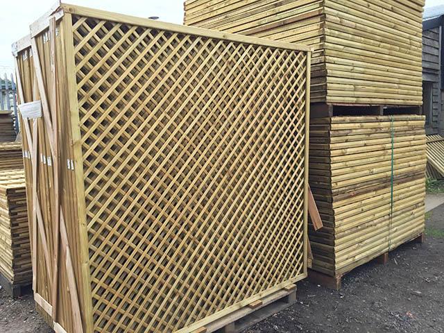 6ft x 6ft Diamond Trellis Fence Panels