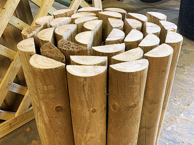 Bespoke Log Roll